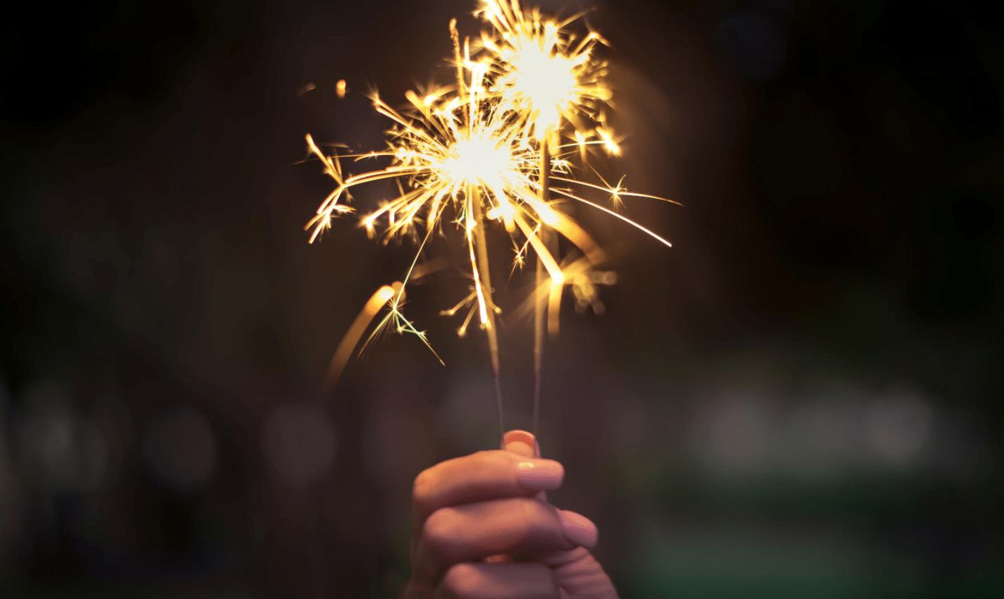【2021年夏】淀川花火は開催する?大阪で手持ち花火ができる公園12選!