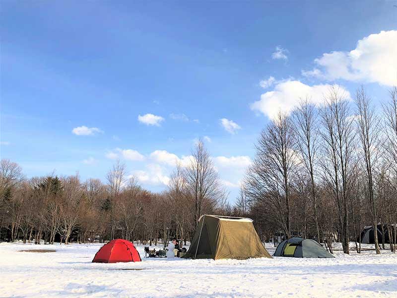 冬キャンプ実態調査! 冬キャンプはハードルが高いの?