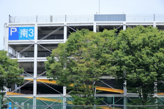 幕張アウトレット周辺の駐車場まとめ。無料での利用方法や混雑時間のオススメエリアを紹介