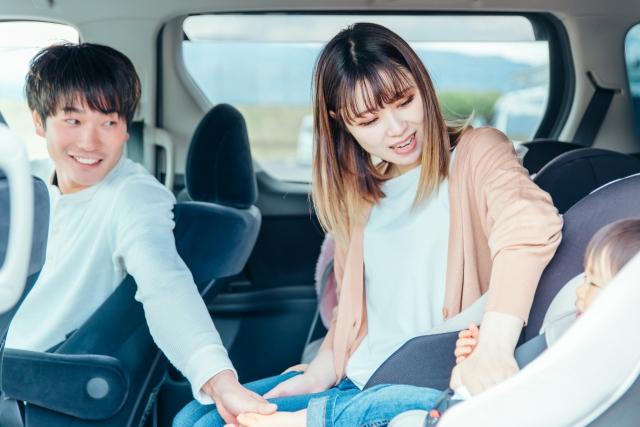 【徹底調査】車でWi-Fiを使う方法3選!どれが一番安い?ドライブ中でも速度制限を気にせずYoutubeやネットフリックスを観たい!